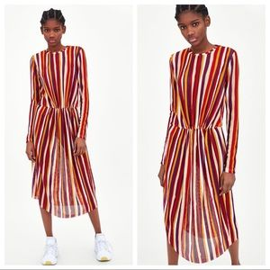 NWT. Zara Orange/Red Knit Midi Dress. Size M.